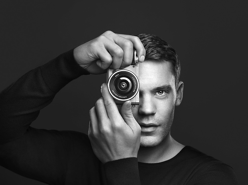 sony alpha 6000 campaign / manuel neuer